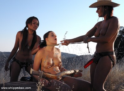 Photo number 11 from Sandra Romain, Crissy Cums and Annie Cruz shot for Whipped Ass on Kink.com. Featuring Sandra Romain, Annie Cruz and Crissy Cums in hardcore BDSM & Fetish porn.