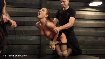 Photo number 3 from Anal Slut Trained to Obey shot for The Training Of O on Kink.com. Featuring Roxanne Rae and Mr. Pete in hardcore BDSM & Fetish porn.