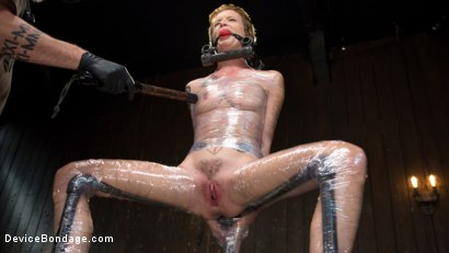 Photo number 8 from Slut Hole shot for Device Bondage on Kink.com. Featuring Jeze Belle in hardcore BDSM & Fetish porn.