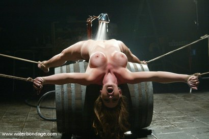 Photo number 7 from Christina Carter shot for Water Bondage on Kink.com. Featuring Christina Carter in hardcore BDSM & Fetish porn.