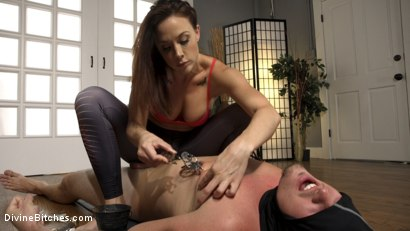 Photo number 2 from Foot Sniffing Yoga Thug Gets Divine Bitched! BASED ON TRUE EVENTS! shot for Divine Bitches on Kink.com. Featuring Kip Johnson and Chanel Preston in hardcore BDSM & Fetish porn.