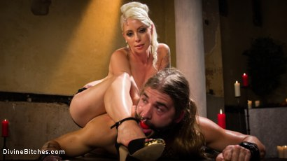 Photo number 9 from Divine Roman Holiday shot for Divine Bitches on Kink.com. Featuring Lorelei Lee and Nathan Explosion in hardcore BDSM & Fetish porn.