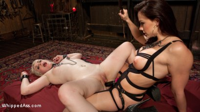Photo number 17 from Chanel Preston's Hot New Play Thing shot for Whipped Ass on Kink.com. Featuring Chanel Preston and Dresden in hardcore BDSM & Fetish porn.