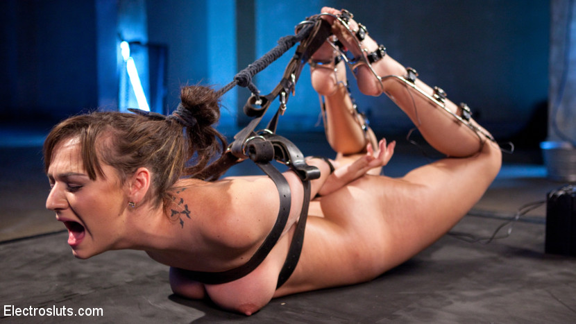 Free bondage blow-jobs