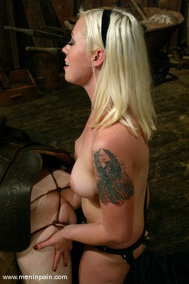 Photo number 10 from Nomad and Lorelei Lee shot for Men In Pain on Kink.com. Featuring Nomad and Lorelei Lee in hardcore BDSM & Fetish porn.