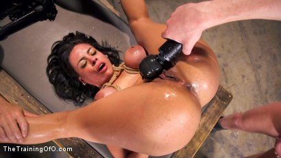 Photo number 4 from Hot Latina Slave for a Day shot for The Training Of O on Kink.com. Featuring Luna Star and Mark Wood in hardcore BDSM & Fetish porn.