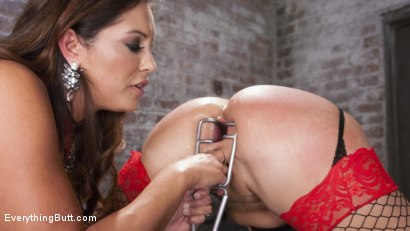 Photo number 15 from Big Booty Layla Pryce is Francesca Le's Anal Submissive shot for Everything Butt on Kink.com. Featuring Francesca Le  and Layla Price in hardcore BDSM & Fetish porn.