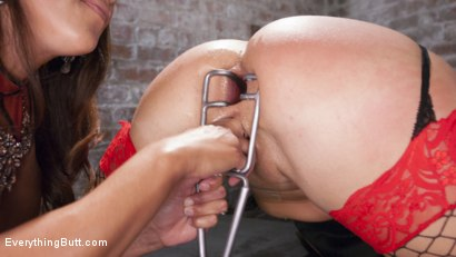 Photo number 8 from Big Booty Layla Pryce is Francesca Le's Anal Submissive shot for Everything Butt on Kink.com. Featuring Francesca Le  and Layla Price in hardcore BDSM & Fetish porn.