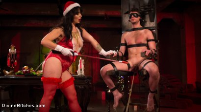 Photo number 14 from Merry Bitchmas! shot for Divine Bitches on Kink.com. Featuring Siouxsie Q and Grayson in hardcore BDSM & Fetish porn.