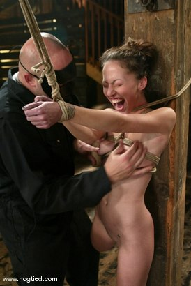 Photo number 14 from Veronica Jett shot for Hogtied on Kink.com. Featuring Veronica Jett in hardcore BDSM & Fetish porn.