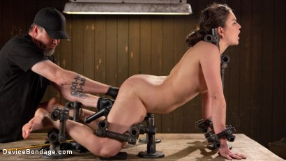 Photo number 12 from More Than She Can Handle shot for devicebondage on Kink.com. Featuring Juliette March and The Pope in hardcore BDSM & Fetish porn.