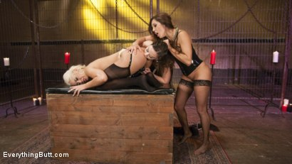 Photo number 13 from Big Booty Latina pushes her Anal Boundaries for Everything Butt Fans shot for Everything Butt on Kink.com. Featuring Francesca Le , Juliette March and Bridgette B in hardcore BDSM & Fetish porn.