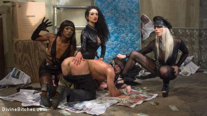 Photo number 2 from City of Sin: Entitled John Brought Down a Peg shot for Divine Bitches on Kink.com. Featuring Lance Hart, Lorelei Lee, Arabelle Raphael and Ana Foxxx in hardcore BDSM & Fetish porn.