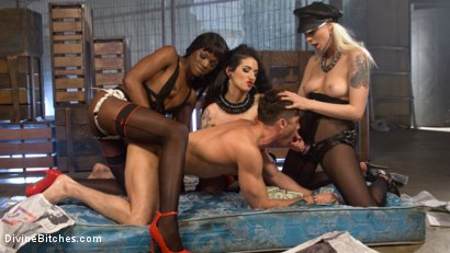 Photo number 19 from City of Sin: Entitled John Brought Down a Peg shot for Divine Bitches on Kink.com. Featuring Lance Hart, Lorelei Lee, Arabelle Raphael and Ana Foxxx in hardcore BDSM & Fetish porn.