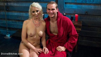 Photo number 8 from The Clear Box of Tease and Torment! shot for Divine Bitches on Kink.com. Featuring Lorelei Lee and Jonah Marx in hardcore BDSM & Fetish porn.