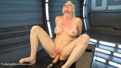 Photo number 13 from Sexy Blonde Babe Gets Machine Fucked for the First Time!! shot for Fucking Machines on Kink.com. Featuring Nikki Delano in hardcore BDSM & Fetish porn.