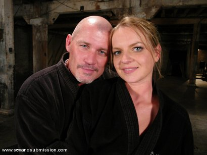 Photo number 15 from Sarah Sunn shot for Sex And Submission on Kink.com. Featuring Mark Davis and Sarah Sunn in hardcore BDSM & Fetish porn.