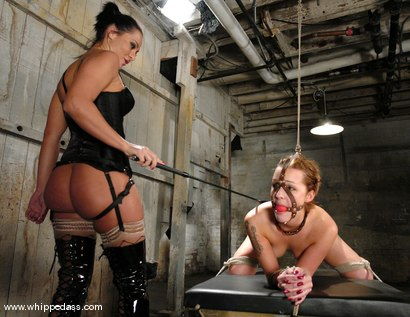 Photo number 11 from Sara Faye and Sandra Romain shot for Whipped Ass on Kink.com. Featuring Sandra Romain and Sara Faye in hardcore BDSM & Fetish porn.