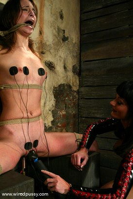 Photo number 13 from Melissa Lauren and Amber Rayne shot for Wired Pussy on Kink.com. Featuring Melissa Lauren and Amber Rayne in hardcore BDSM & Fetish porn.