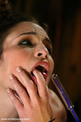 Photo number 5 from Melissa Lauren and Amber Rayne shot for Wired Pussy on Kink.com. Featuring Melissa Lauren and Amber Rayne in hardcore BDSM & Fetish porn.