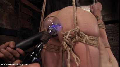 Photo number 11 from Amber Rayne shot for Wired Pussy on Kink.com. Featuring Amber Rayne in hardcore BDSM & Fetish porn.