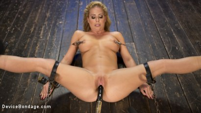 Photo number 11 from Fight or Flight = The Bitch That Broke Everything shot for Device Bondage on Kink.com. Featuring Cherie Deville and The Pope in hardcore BDSM & Fetish porn.
