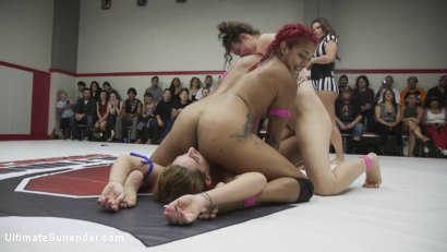 Photo number 11 from Squirting Orgasms, Real Wrestling, Sex fighting at it's finest shot for Ultimate Surrender on Kink.com. Featuring Daisy Ducati, Savannah Fox, Lilith Luxe and Annie Cruz in hardcore BDSM & Fetish porn.