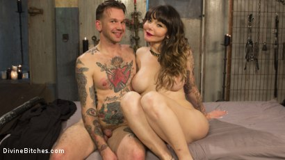 Photo number 6 from Welcome legendary performer Danielle Fox to Divine Bitches! shot for Divine Bitches on Kink.com. Featuring Will Havoc and Danielle Foxx in hardcore BDSM & Fetish porn.
