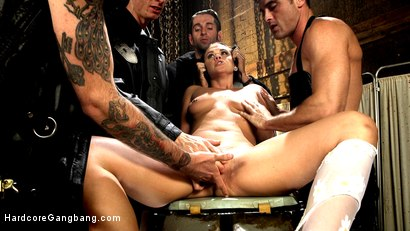 Photo number 1 from Hell Gaper! shot for Hardcore Gangbang on Kink.com. Featuring Roxy Raye, Owen Gray, Will Havoc, Lance Hart and Gage Sin in hardcore BDSM & Fetish porn.