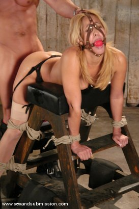 Photo number 8 from Isis Love and Ben English shot for Sex And Submission on Kink.com. Featuring Isis Love and Ben English in hardcore BDSM & Fetish porn.