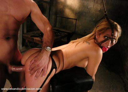 Photo number 11 from Isis Love and Ben English shot for Sex And Submission on Kink.com. Featuring Isis Love and Ben English in hardcore BDSM & Fetish porn.