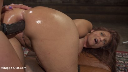 Therapist mona wales eating young ebony pussy of sarah banks 3