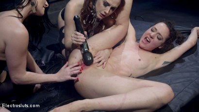 Photo number 11 from Shock the System Pt. 3: The Hologram Submits! shot for Electro Sluts on Kink.com. Featuring Veruca James, Chanel Preston and Lilith Luxe in hardcore BDSM & Fetish porn.