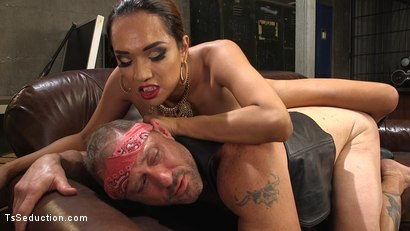 Photo number 5 from TS Boss Bitch shot for TS Seduction on Kink.com. Featuring Jessica Fox and D. Arclyte in hardcore BDSM & Fetish porn.