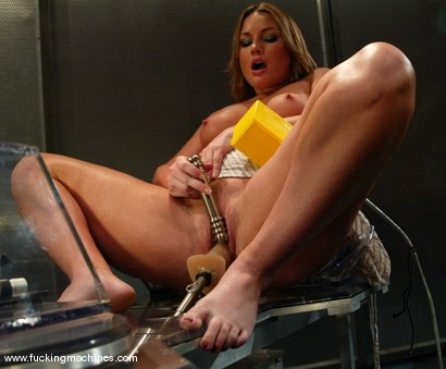 Photo number 4 from Flower Tucci shot for Fucking Machines on Kink.com. Featuring Flower Tucci in hardcore BDSM & Fetish porn.