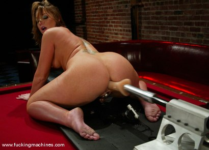 Photo number 10 from Flower Tucci shot for Fucking Machines on Kink.com. Featuring Flower Tucci in hardcore BDSM & Fetish porn.
