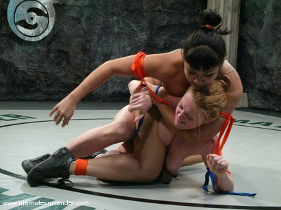 Photo number 11 from The Dragon (18-5) ranked 3rd <br>The Grappler (5-4) ranked 5th shot for Ultimate Surrender on Kink.com. Featuring Dee Williams and DragonLily in hardcore BDSM & Fetish porn.