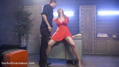 Photo number 5 from Scream Queen! shot for Sex And Submission on Kink.com. Featuring Xander Corvus and Lauren Phillips in hardcore BDSM & Fetish porn.