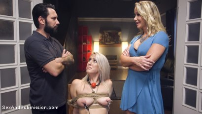 Photo number 15 from Stepdaughter NIGHTMARE! shot for Sex And Submission on Kink.com. Featuring Tommy Pistol, Cadence Lux and Simone Sonay in hardcore BDSM & Fetish porn.