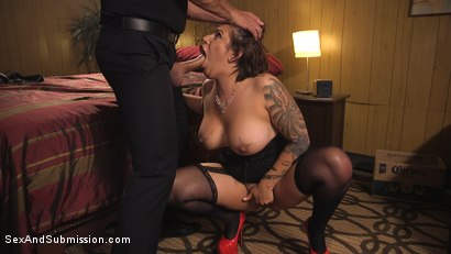 Photo number 5 from The Favorite Whore shot for Sex And Submission on Kink.com. Featuring Ramon Nomar and Tori Avano in hardcore BDSM & Fetish porn.