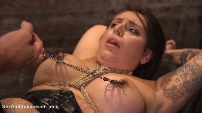 Photo number 26 from The Favorite Whore shot for Sex And Submission on Kink.com. Featuring Ramon Nomar and Tori Avano in hardcore BDSM & Fetish porn.