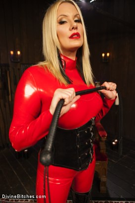 Photo number 3 from Fanboy Pussy Worship Dream Come True shot for Divine Bitches on Kink.com. Featuring Maitresse Madeline Marlowe , Tanner Tatum and Lorelei Lee in hardcore BDSM & Fetish porn.