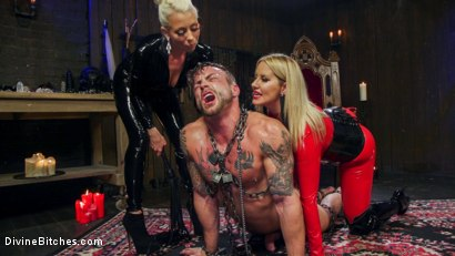 Photo number 7 from Fanboy Pussy Worship Dream Come True shot for Divine Bitches on Kink.com. Featuring Maitresse Madeline Marlowe , Tanner Tatum and Lorelei Lee in hardcore BDSM & Fetish porn.