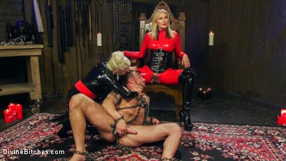 Photo number 8 from Fanboy Pussy Worship Dream Come True shot for Divine Bitches on Kink.com. Featuring Maitresse Madeline Marlowe , Tanner Tatum and Lorelei Lee in hardcore BDSM & Fetish porn.