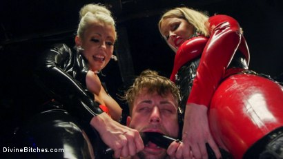 Photo number 13 from Fanboy Pussy Worship Dream Come True shot for Divine Bitches on Kink.com. Featuring Maitresse Madeline Marlowe , Tanner Tatum and Lorelei Lee in hardcore BDSM & Fetish porn.