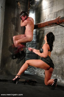 Photo number 8 from Sandra Romain and Wild Bill shot for Men In Pain on Kink.com. Featuring Sandra Romain and Wild Bill in hardcore BDSM & Fetish porn.