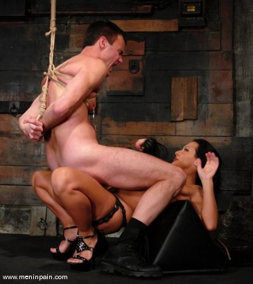 Photo number 12 from Sandra Romain and Wild Bill shot for Men In Pain on Kink.com. Featuring Sandra Romain and Wild Bill in hardcore BDSM & Fetish porn.