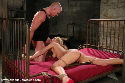 Photo number 9 from Gwen Diamond shot for Sex And Submission on Kink.com. Featuring Mark Davis and Gwen Diamond in hardcore BDSM & Fetish porn.