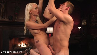 Photo number 16 from Lorelei Lee's Pleasure of the Divine Bitches shot for Divine Bitches on Kink.com. Featuring Lorelei Lee and Zane Anders in hardcore BDSM & Fetish porn.