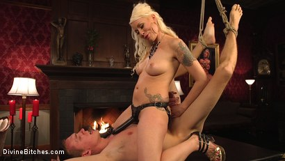 Photo number 9 from Lorelei Lee's Pleasure of the Divine Bitches shot for Divine Bitches on Kink.com. Featuring Lorelei Lee and Zane Anders in hardcore BDSM & Fetish porn.